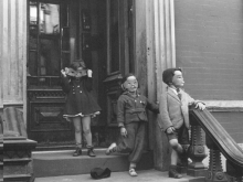 Untitled, New York (kids in masks on stoop)