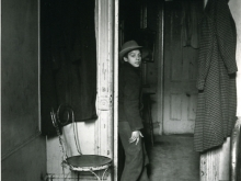 Untitled, New York (boy in doorway)