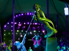 New World Circus Series: Statue Entrée, 2006